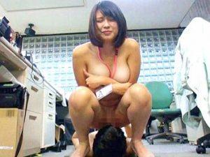 8DDB4C80-B405-4416-9B8D-DD5D9F043891-300x225 【SOD女子社員】仕事中なのに野球挙して素っ裸にされちゃう巨乳OL!