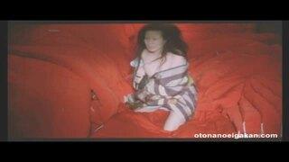 【仁支川(西川)峰子】映画「吉原炎上」より真っ赤な夜具の積まれた布団部屋で巨乳を放り出して男を乞うシーン