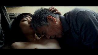 【美知枝】映画「牝猫たち」よりデリヘル嬢として年配の親父の部屋に行くがお金がないと言われBまでで終わるシーン