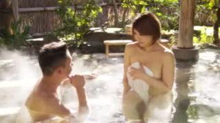 【寝取られ旅館】NTR願望がある旦那が旅行先で美人妻を他の男に提供するw