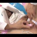 【マジックミラー号】薬学部在学の18歳女子大生にバイブ責めからの生挿入!