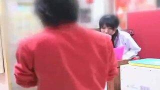 【パチ娘レイプ】これは酷い!パチンコ屋の可愛い店員をトイレで店長がレイプ!