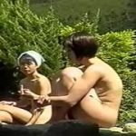 【露天風呂盗撮】温泉の露天風呂に入っていた若い娘だけを狙い撮りしましたw