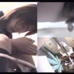 【脱糞盗撮】クラブの女子トイレでミニスカのお姉さんがウンチところを隠し撮り!