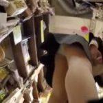 【パンチラ盗撮】これヤバイやつ!スカートをめくってからのパンティ撮影w