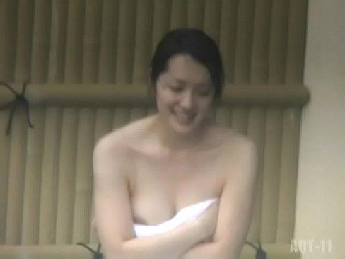 【露天風呂盗撮】とある日の某温泉の露天風呂の模様、この日は美人が多かったですw