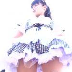 【パンチラ盗撮】コスプレ撮影会で可愛いレイヤーのパンティを逆さ撮り!