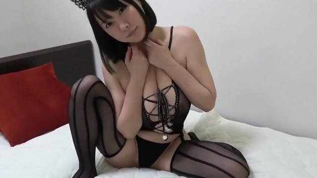 【個人撮影】SEXYで可愛すぎる猫コスプレ巨乳娘にパイズリからの口内発射!